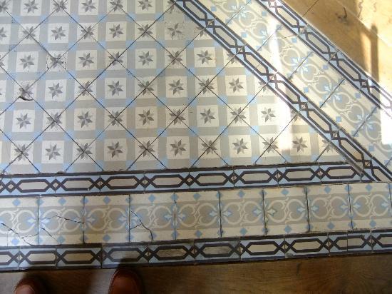 Hidden Bay Hotel: Original floor tiles