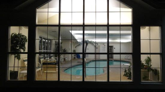 Comfort Inn & Suites North Conway: Vien of the indoor swimming pool
