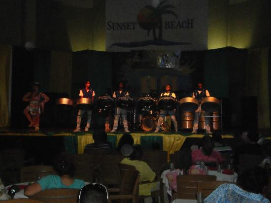 ‪‪Sunscape Splash Montego Bay‬: Steel Drum Band