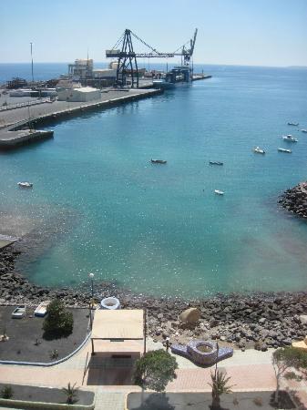 JM Puerto del Rosario: Vue sur le port