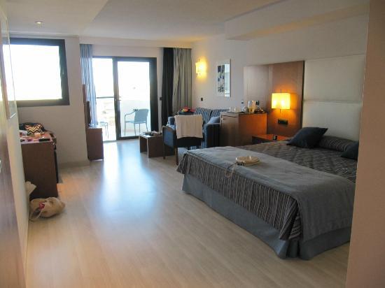 Protur Palmeras Playa Hotel: Room 1722