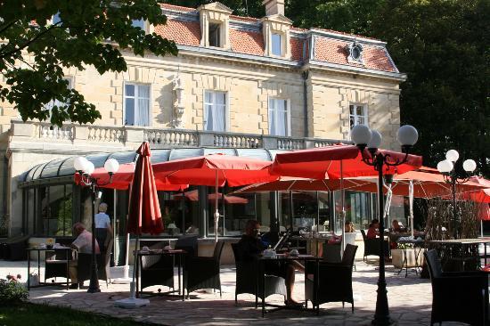Manoir de la Roseraie: La terrasse
