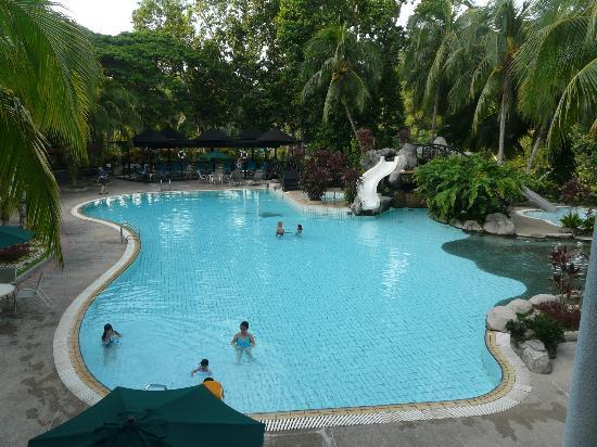 Sabah Hotel: Pool