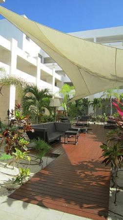 Beloved Playa Mujeres : Lupita Lounge
