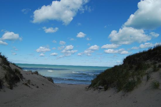 Chesterton, Индиана: The entrance to Central Beach - Indiana Dunes