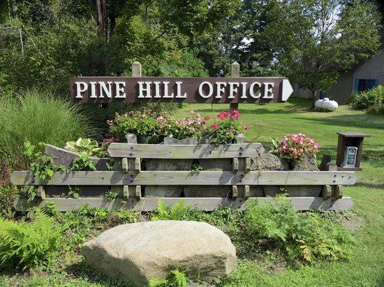 Pine Hill Resort : Entrance