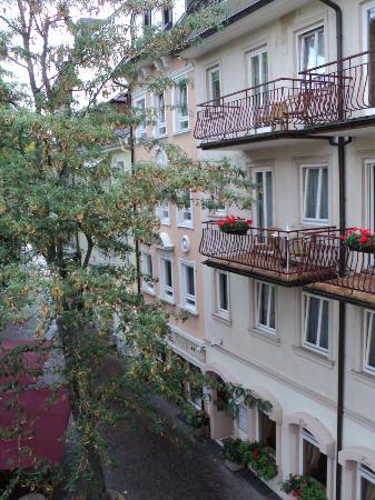 Hotel Am Friedrichsbad mit Prager Stuben : View from room #228