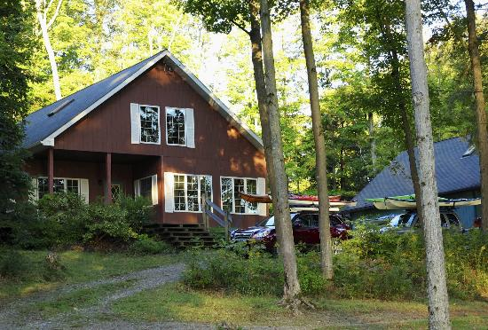 Ashville, NY: Our cabin for the weekend.