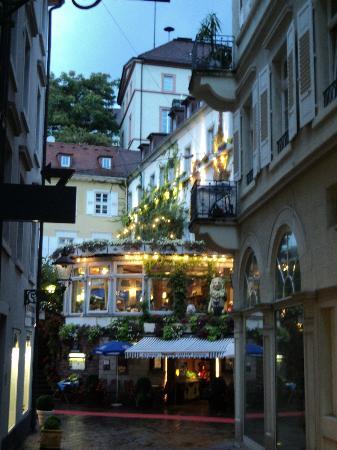Hotel Am Friedrichsbad mit Prager Stuben: Stroll the adjacent streets