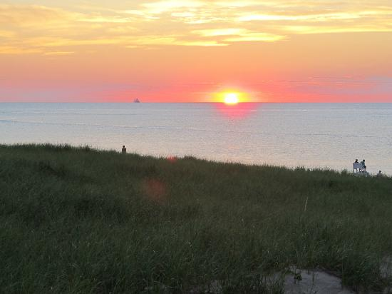 Race Point Beach: Cape Cod sunset