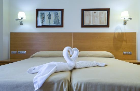 Hotel Peregrina: Habitación