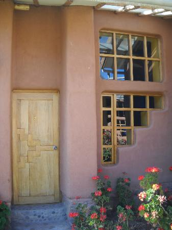 Paz y Luz Guest, Healing and Conference Center : Our adobe room at Paz y Luz.......