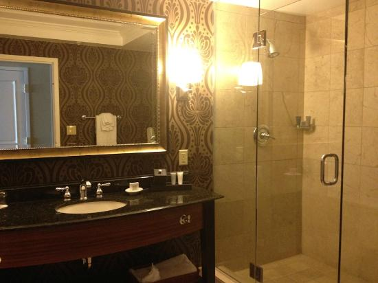 JW Marriott Denver Cherry Creek : bathroom decor