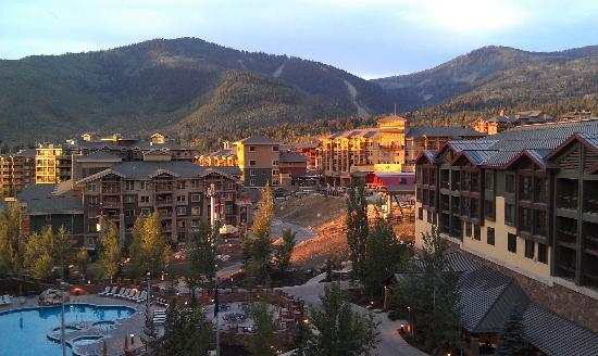 Canyons Grand Summit Hotel: From our room at sunset!