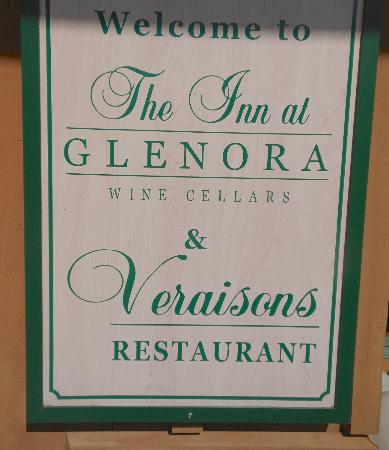 Veraisons Restaurant: Sign