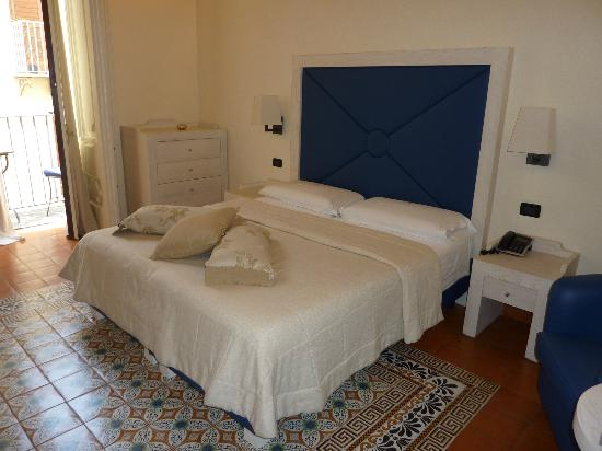 Maison Tofani: The best bed we slept in our entire vacation in Italy.