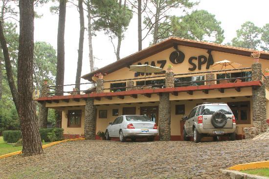 Villas Mazamitla: El SPA Planta baja cuartos de masaje, Alta alberca y Vapor Sauna