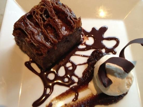 Nonnas : chocolate bread and butter pudding