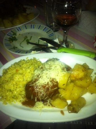 Kokkinidis Restaurant: chicken kievs