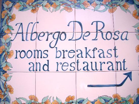 Hotel  De Rosa: ingresso