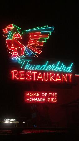 BEST WESTERN East Zion Thunderbird Lodge: Thunderbird Restaurant at the Best Western