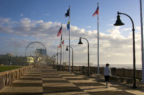 Oceans One Resort: the new boardwalk