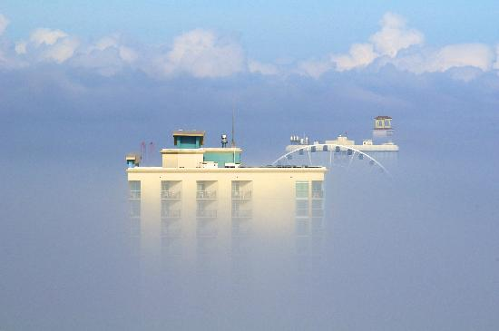 Oceans One Resort: above the fog