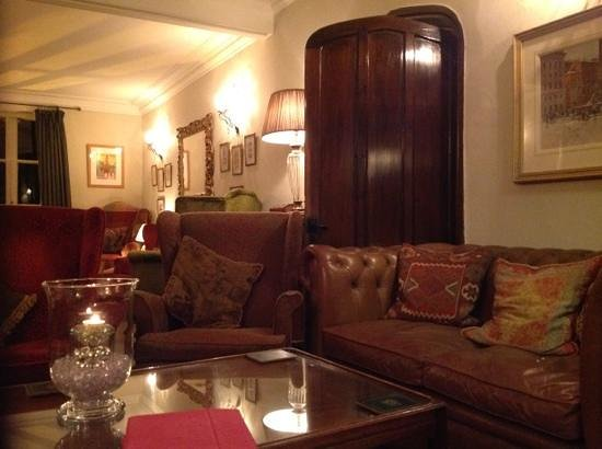 The Yorke Arms: the lounge