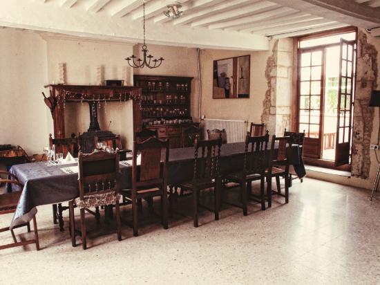 La Vieille Ferme : The Dining Room