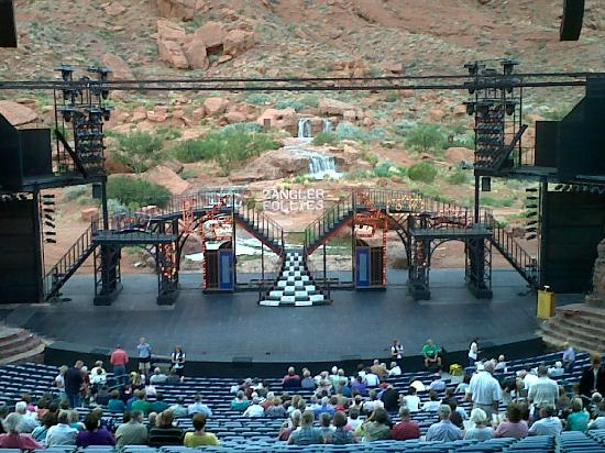 "‪‪Tuacahn Amphitheatre‬: Stage view for ""Cats"" at Tuacahn in Utah