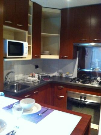 Andes Hostel: Cozinha americana