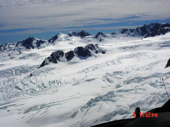 Glacier Helicopters: Top of glacier