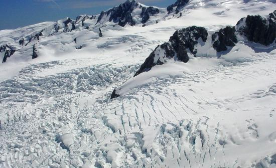 Glacier Helicopters: Crevasses near top