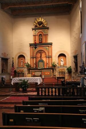 Mission San Diego de Alcala : Inside Church