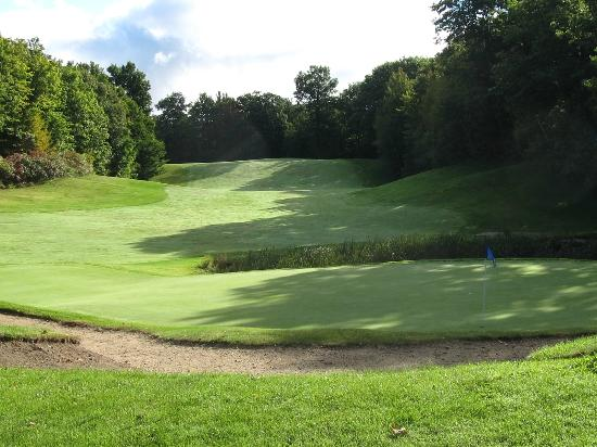The Ridge: 18th hole at Marsh Ridge