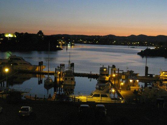 The Keg Steakhouse + Bar Saanich: sunset view from the restaurant over the harbour