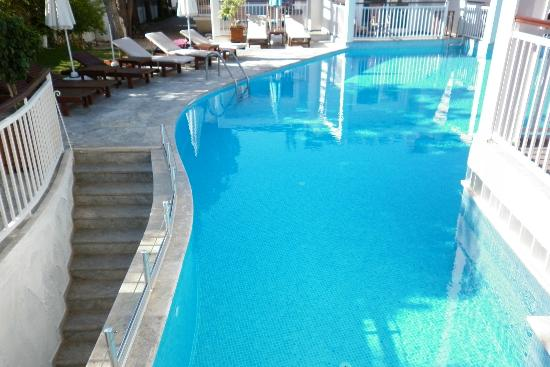 Mozaik Boutique Hotel Rooms & Apartments: View from 1 Bedroom Swim Up Apartment
