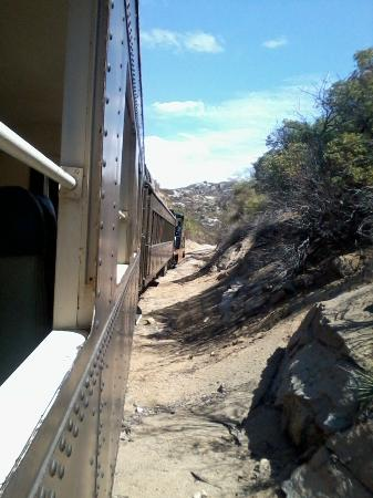 Pacific Southwest Railway Museum : Winding through mountains