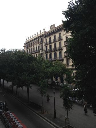 Aspasios Rambla Catalunya Suites: View