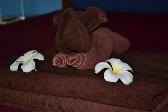 Zimmerdekoration bild fr n maya koh lanta resort ko for Zimmerdekoration