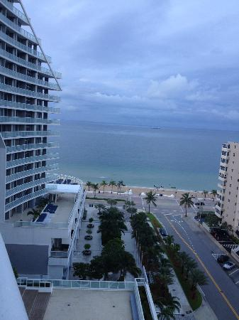 W Fort Lauderdale: VIEW OFF OF  BALCONY