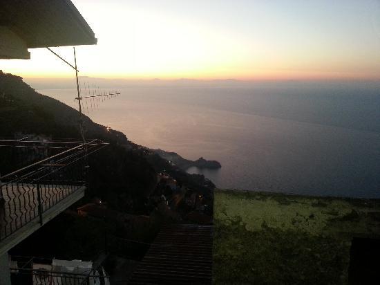 Villa Donna Fausta: sveglia!!!!!!!!! vieni a vedere l'alba!!!!!!!