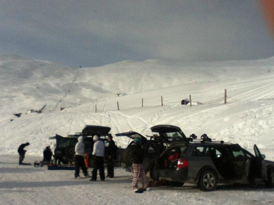 Fairlie, New Zealand: Mt Dobson carpark and field with powder galore.