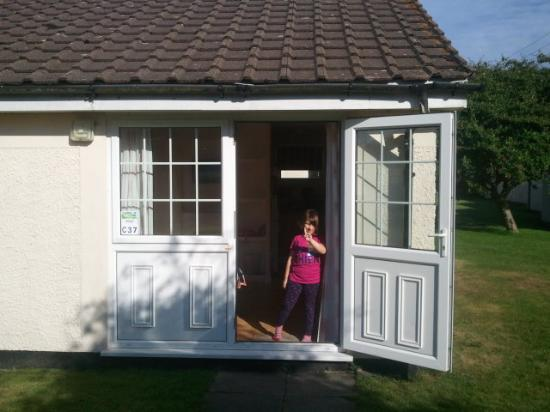 Parkdean - Mullion Holiday Park: the bungalow