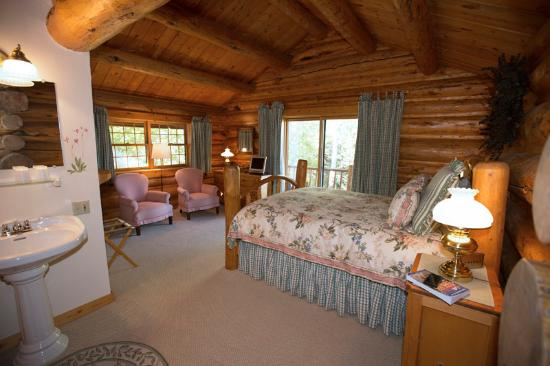 Wildflower Inn: One of the bedrooms