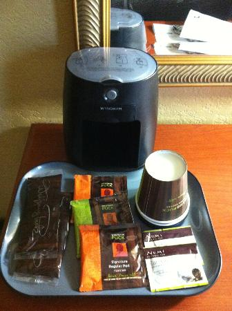 Wyndham Boca Raton: coffee in room
