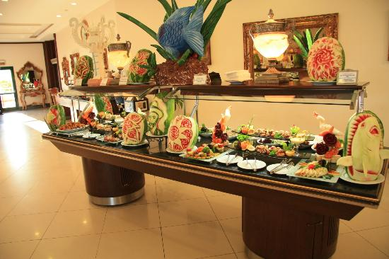 Delphin Palace Hotel : food specialities