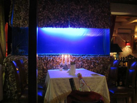 Skipper Hotel: Fish Club Restaurant