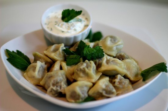 Famous Bar: Russian dumplings - Pelemeni