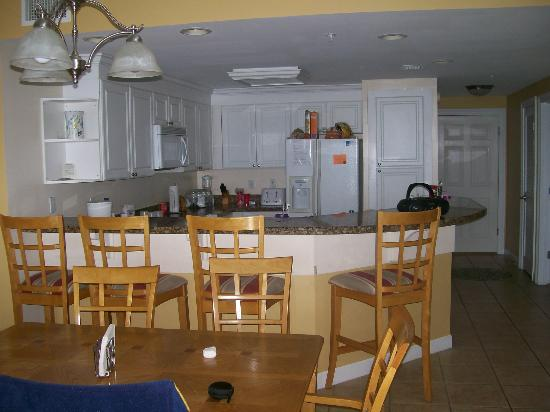 Boardwalk Beach Resort Condominiums: Kitchen